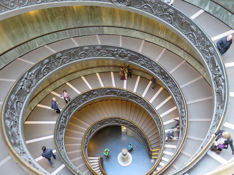 Escalier des musées du Vatican