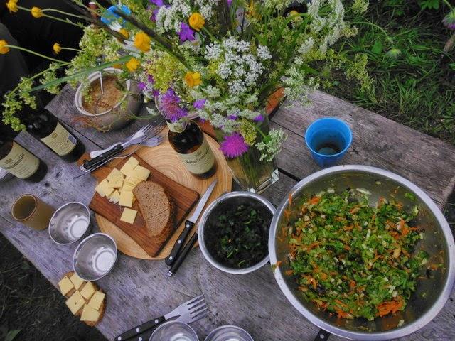 Repas de fête en Lettonie pour Ligo