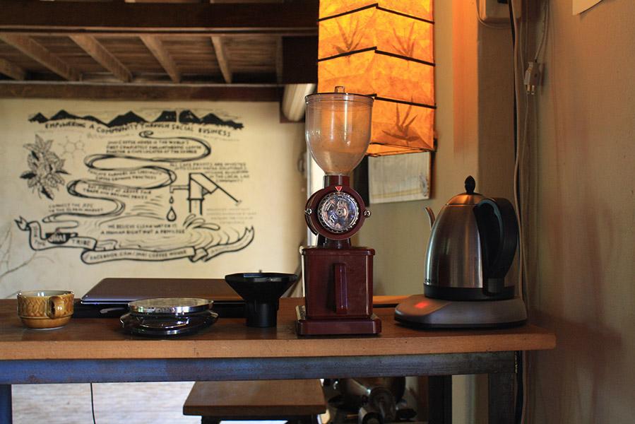 Laos_Jhai_Coffee_House (14)