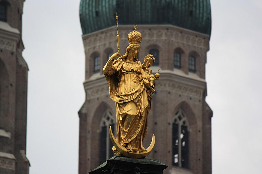 Allemagne_Munich_Vierge-Marie-doree