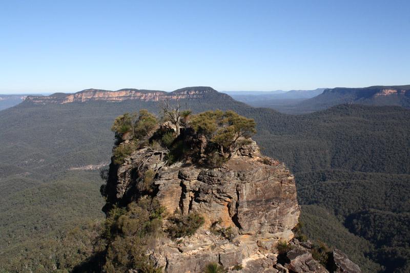 Three sisters au parc des Blue Mountains vers Sydney