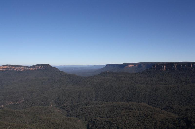 Vue sur les Blue Mountains vers Sydney