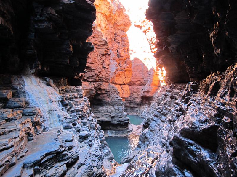 Parc national Karijini spider walk dans le canyon