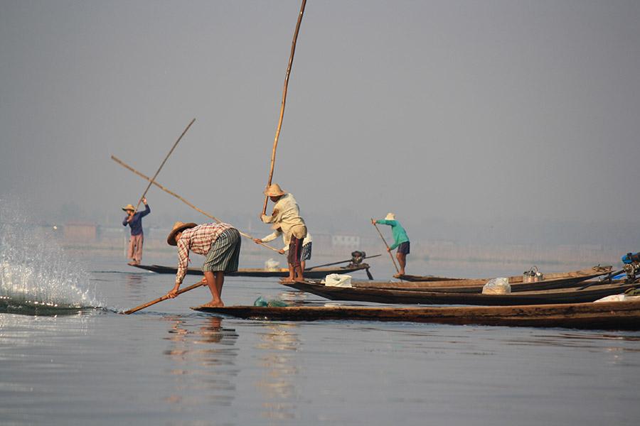 Birmanie_inle_intha_pecheurs (1)