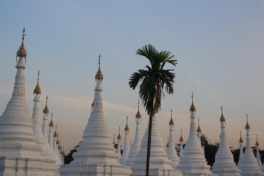 Stupa de mandalay, birmanie