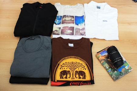 t-shirt de voyage et polaire
