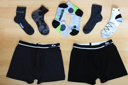 boxer et chaussette de randonnée