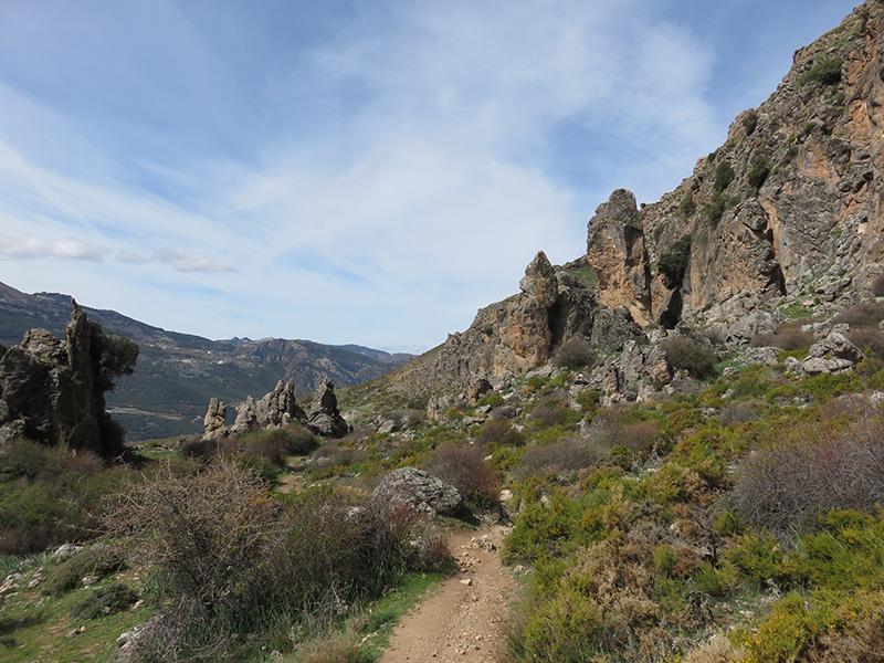 Chemin de randonnée dans la Sierra Nevada en Andalousie