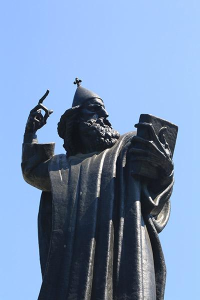 Statue de Nin par Mestrovic