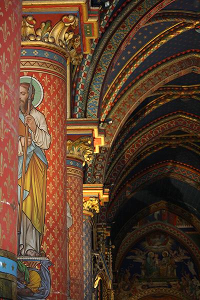 Intérieur de la basilique de Frigolet