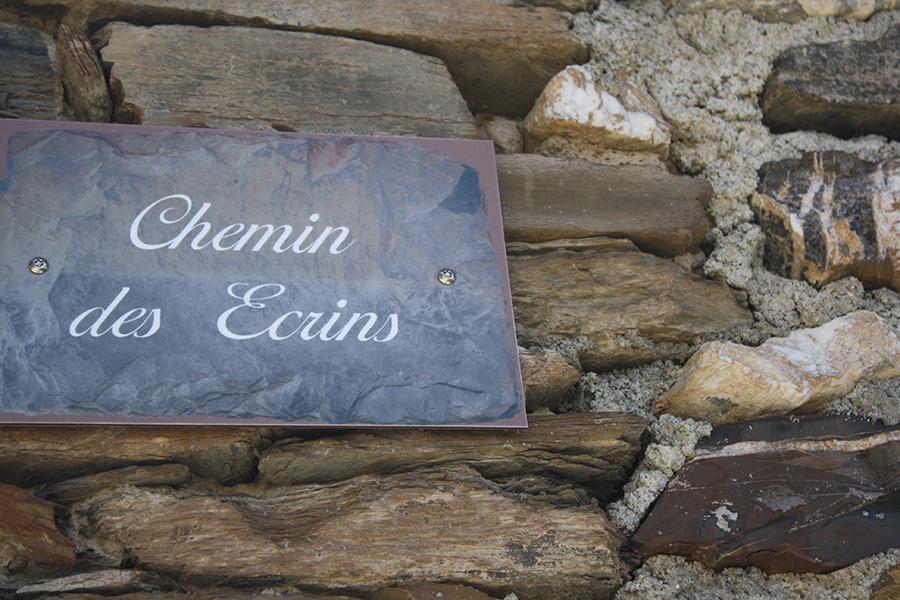 Panneau chemin des Ecrins