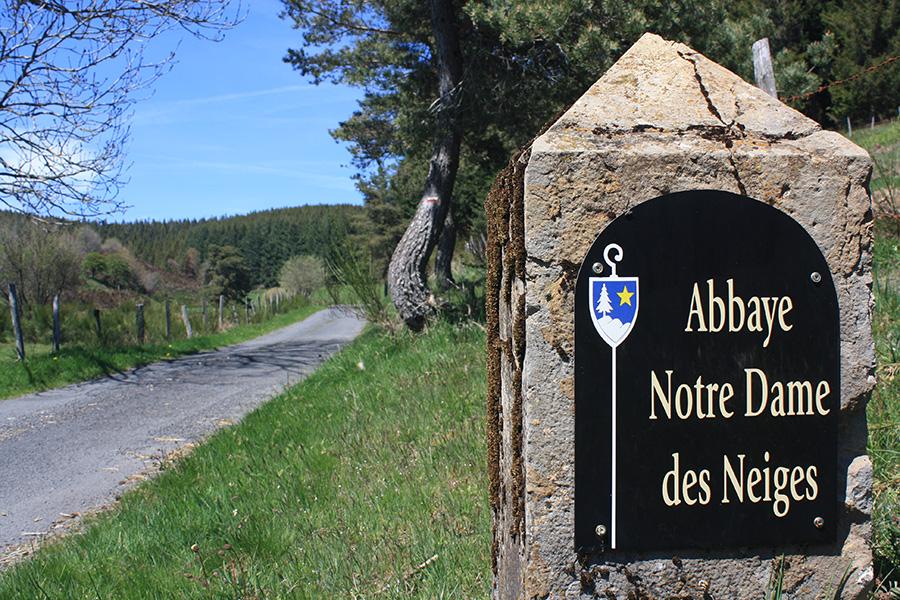 Arrivée à l'abbaye Notre Dame des Neiges