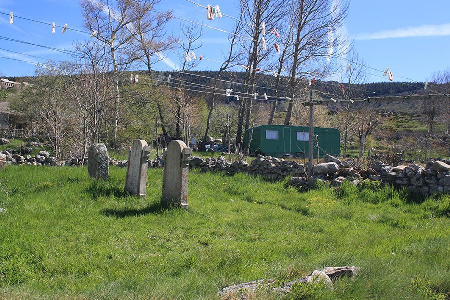 Finiels, cimetière de familles pour les protestants et les camisards