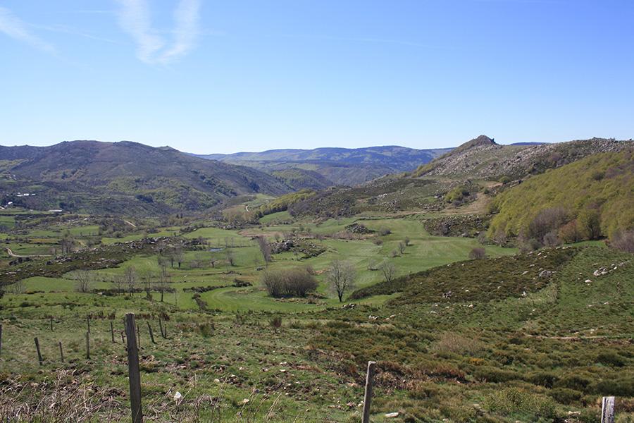 Vue depuis le mont Lozère sur le GR 70