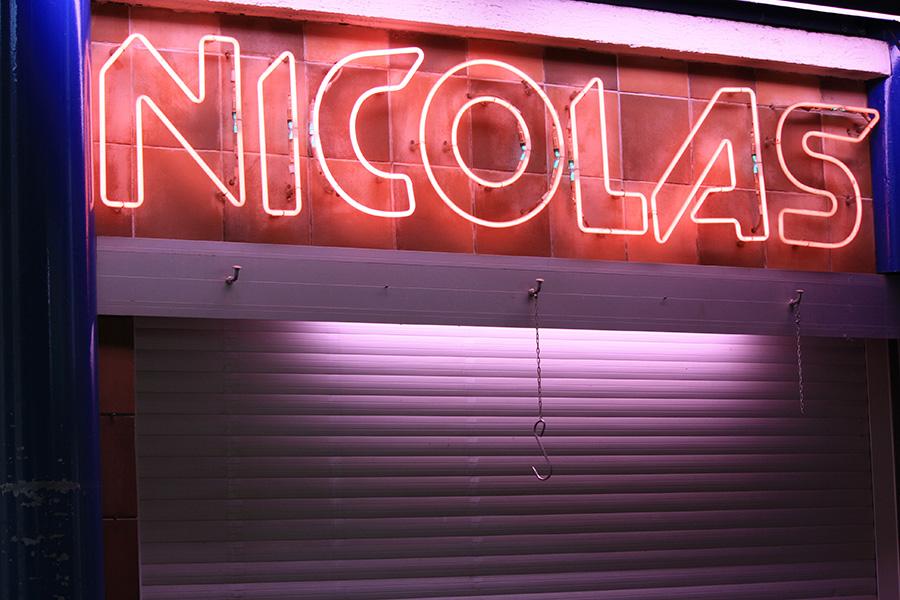 Etal Nicolas au marché couvert