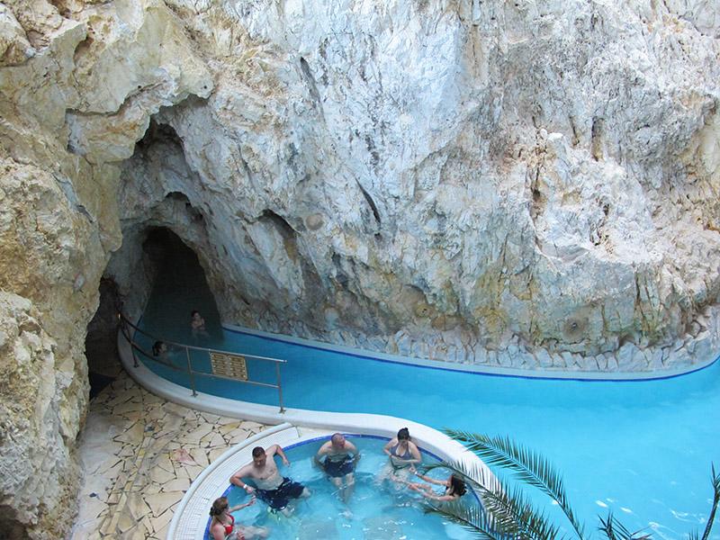 Les bains de Miskolc-Tapolca
