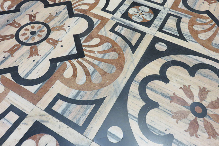 Italie_Milan_Duomo_marbre