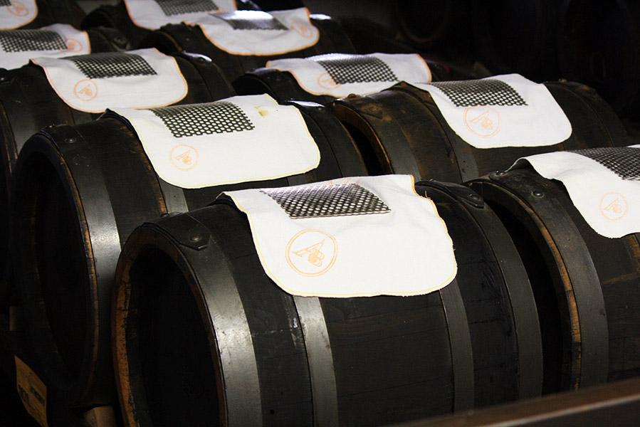 Batteries de tonneaux de vinaigre