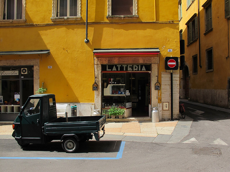 Latteria et Piaggio de Verone