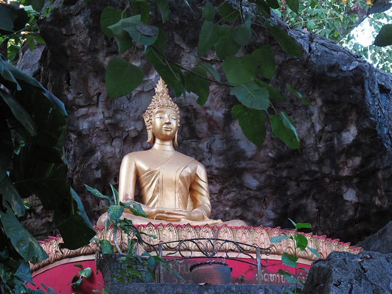 position de méditation bouddhiste