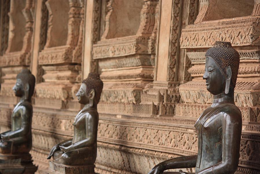 bouddha, prise de la terre à témoin