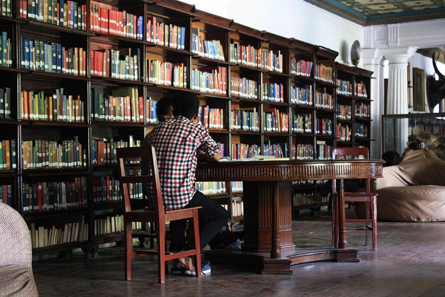 nepal_katmandou_bibliothequedeKaiser (4)