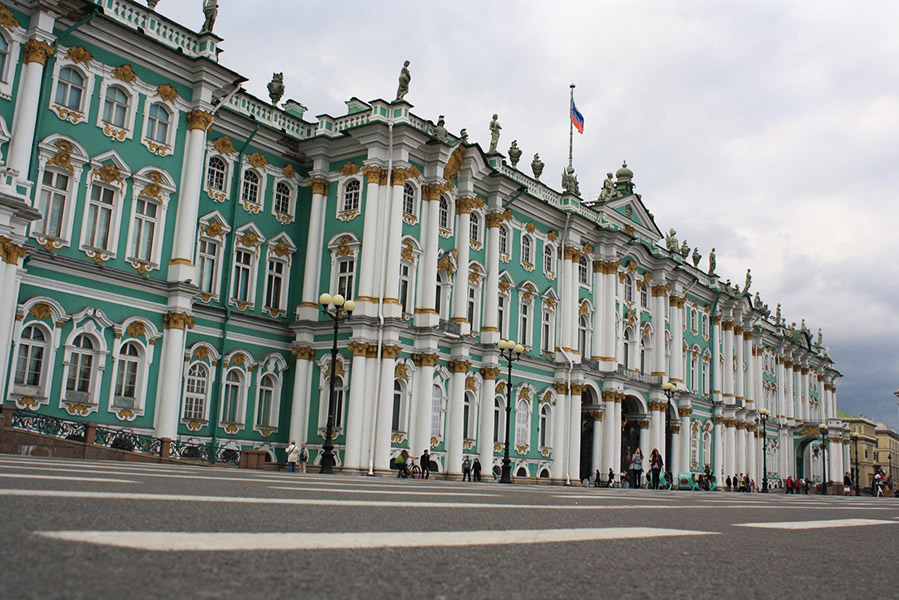 Façade du musée de l'Ermitage en Russie