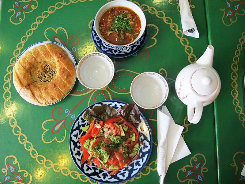 Ouzbekistan food